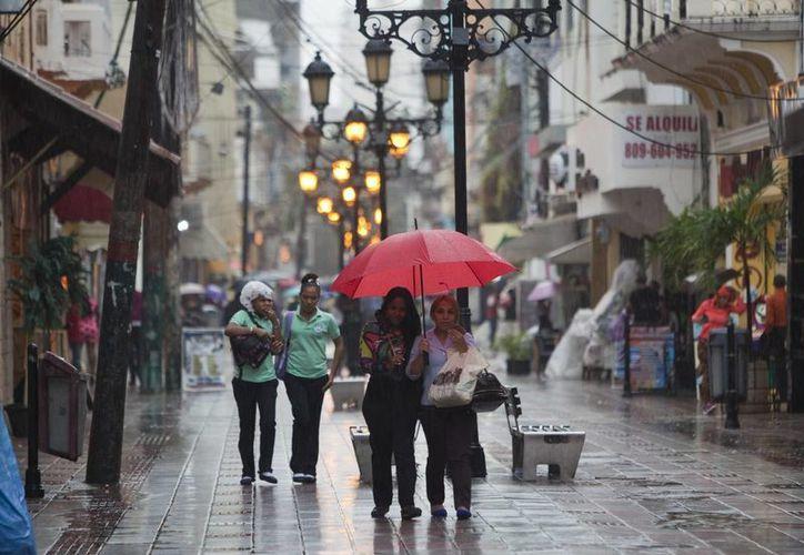 En República Dominicana se registran intensas lluvias por los efectos de la tormenta tropical 'Earl'. (EFE)