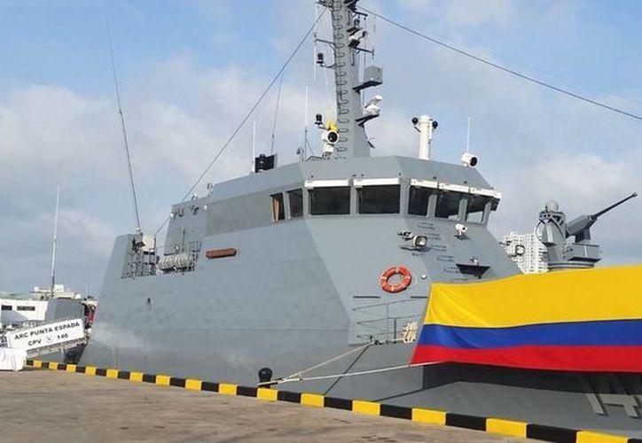 El buque cuenta con novedosos sistemas de navegación y armas, como la estación remota de armas DARET-THOR Dynamic T-25, que sustituye un cañón Bushmaster M-242 de 25 milímetros. (foromilitar.com.ar)