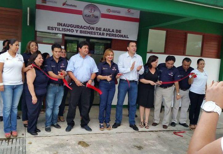 La Unidad Playa del Carmen ha tenido una gran demanda en cursos de capacitación relacionados con el área de alimentos y bebidas. (Redacción/SIPSE)