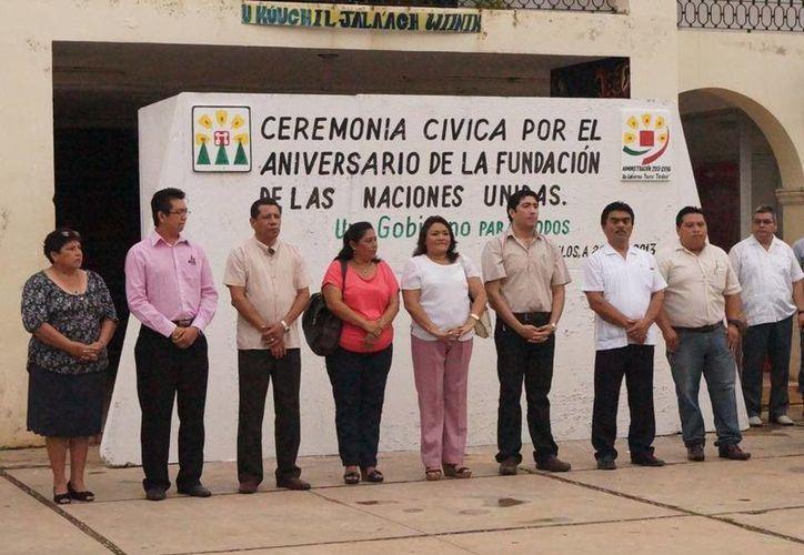 Al evento asistieron funcionarios y empleados del municipio. (Cortesía/SIPSE)