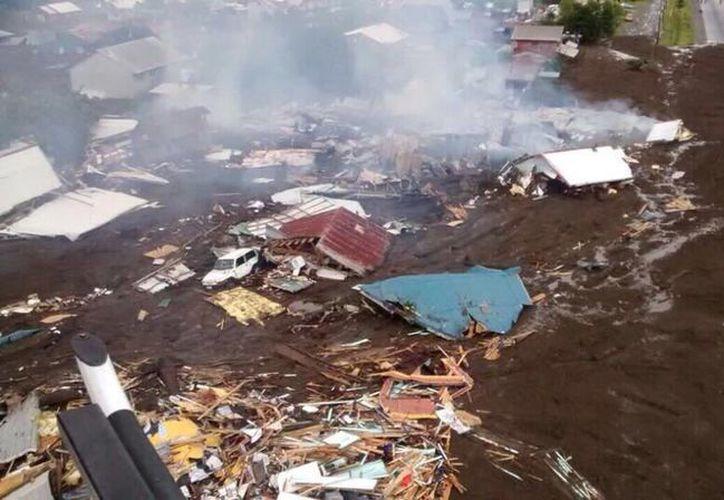 El aluvión se llevó varias casas de la Villa Santa Lucía, un poblado de 300 habitantes en Chile. (Foto: @Ejercito_Chile)