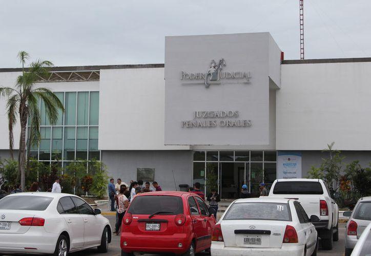 La audiencia fue en la Sala de Juicios Orales número 3, del Tribunal Superior de Justicia del Estado. (Joel Zamora/SIPSE)