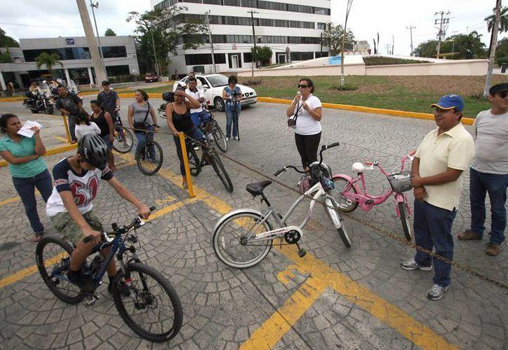 La cicloruta recreativa dominical es uno de los eventos más demandados por los benitojuarenses. (Redacción/SIPSE)