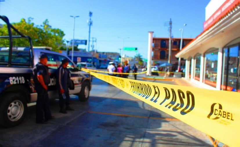 Un comercio de venta de telas de Playa del Carmen fue asaltado durante la madrugada del viernes. (Daniel Pacheco/SIPSE)