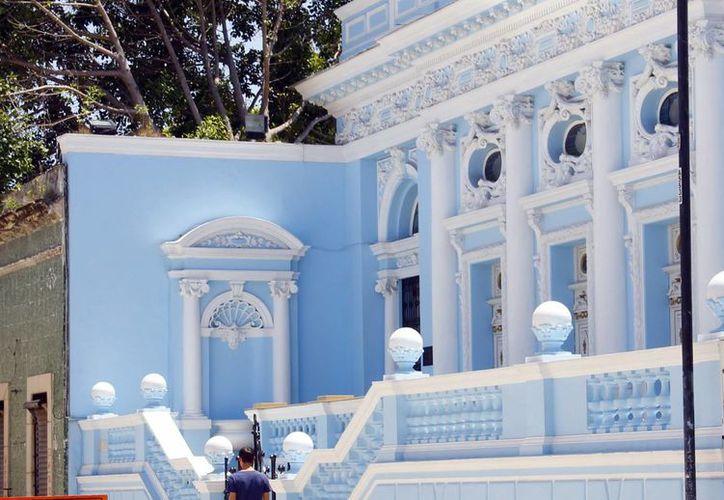 La arquitectura de Mérida tiene un período histórico colonial, la influencia francesa y el estilo art decó hasta llegar a la corriente funcionalista, de la que aún se conservan algunas casas. (Milenio Novedades)