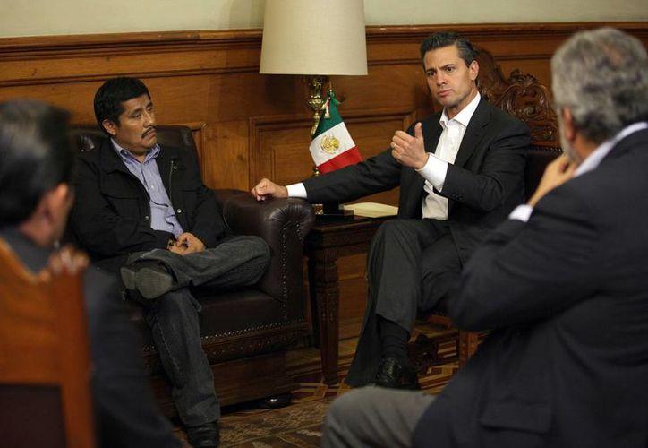 Peña Nieto lamentó las violaciones a los derechos humanos de Alberto Patishtán durante su proceso penal. (Notimex)