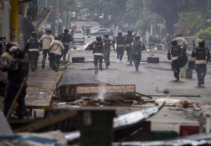Los policías que deben proteger a los ciudadanos, están vinculados en delitos.  (vanguardia.com)