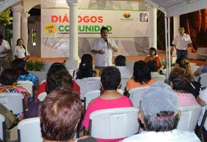 """La noticia se dio en el marco del encuentro """"Diálogos con la comunidad"""". (Redacción/SIPSE)"""