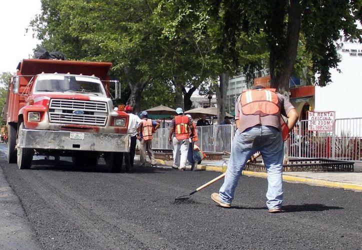 Los recursos que se recortaron servirían para la pavimentación de vías. (Milenio Novedades)