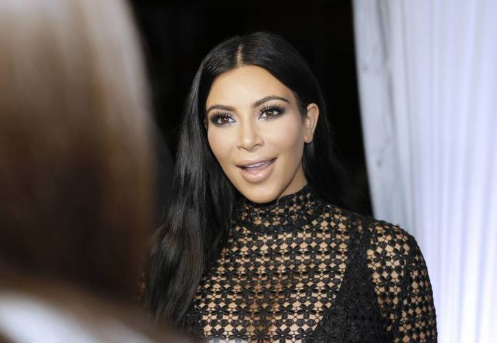Kim Kardashian escogió el método de fertilización in vitro para asegurar que su segundo hijo fuera varón. En la foto, durante una conferencia en el Festival de Cannes. (Foto: AP)