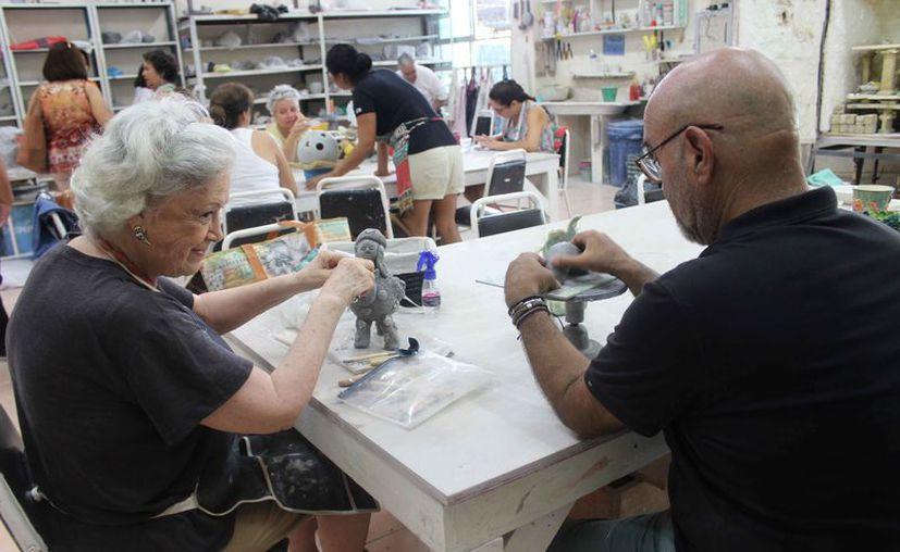 En el taller participaron niños, jóvenes y adultos. (Faride Cetina/SIPSE)
