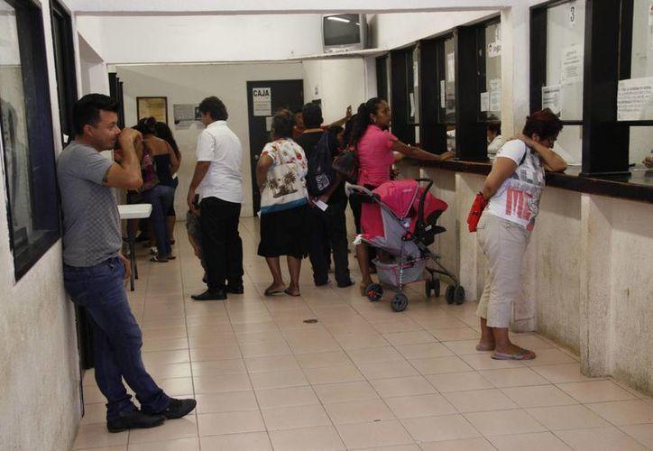 La dirección del Registro Civil reporta que dos de cada 10 uniones matrimoniales eran de menores de edad. (Tomás Álvarez/SIPSE)