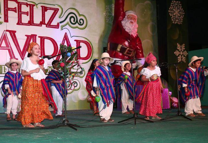Buscan preservar las tradiciones y fortalecer el espíritu navideño. (Redacción/SIPSE)