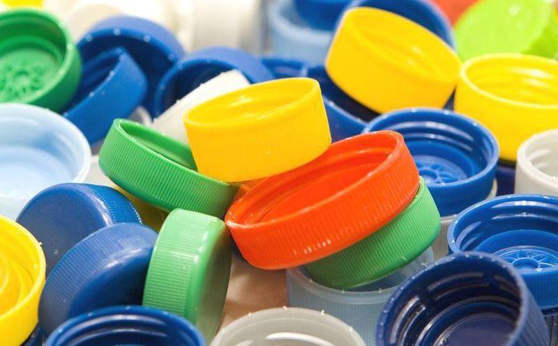 Financian quimioterapias con tapas de pl stico novedades for Tapas de plastico