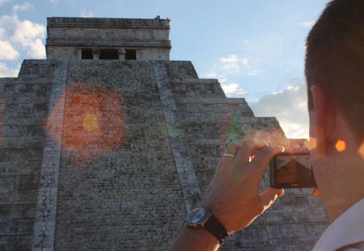 En 2015, Chichén Itzá recibió a más de dos millones de visitantes de diversas partes de México y el mundo. (SIPSE)