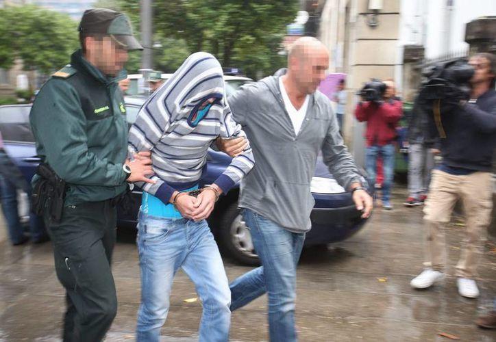 En la foto uno de los acusados de trata arrestados en Metapa durante el rescate de indocumentados guatemaltecos. 8EFE)