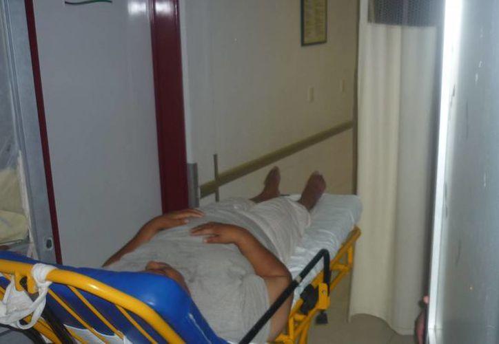 La mujer se encontraba inconsciente al ser ingresada al Hospital General de Chetumal. (Archivo/SIPSE)