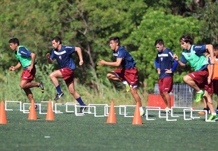 El primer encuentro del equipo se llevará a cabo el próximo domingo a las 17 horas. ( Ángel Mazariego/SIPSE)