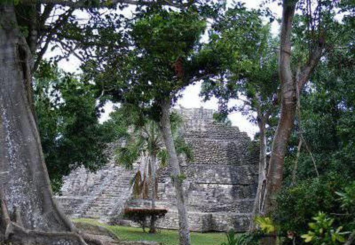 Templo de las vasijas de Chacchoben.(Paloma Wong/SIPSE)