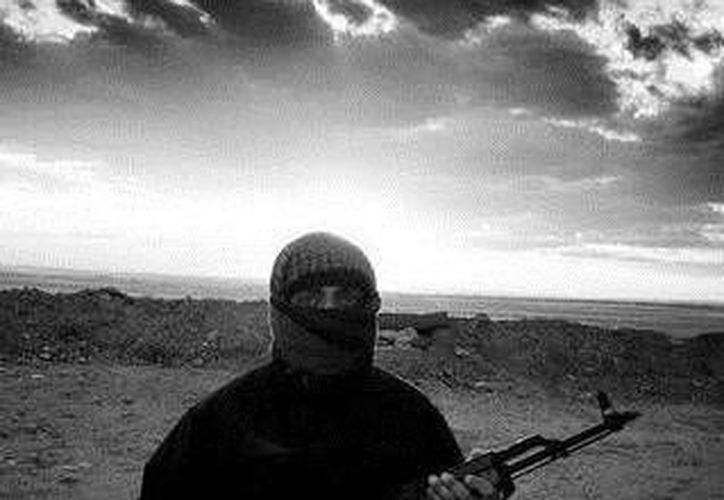 Esta es hasta ahora la única imagen que se conoce sobre el mexicano Abu Hudaifa al Meksiki, presunto miembro del Estado Islámico. (Cortesía: El Mundo)