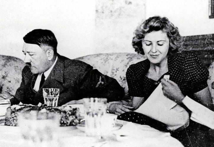 Eva Braun, la amante incondicional hasta el fin de Hitler, se mostró más bien como una tonta pero era una fotógrafa lograda. (lasegundaguerra.com)
