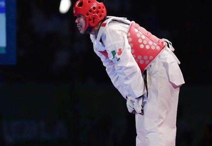 Briseida Acosta encabezó a los tae kwon doines mexicanos que ganaron 12 medallas en la primera jornada del Abierto de Canadá. (Mexsports.com)