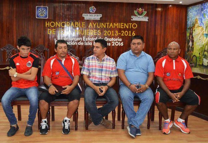 La convocatoria se lanzó para formar la cuarta y quintana división de la Liga Nacional Juvenil de Isla Mujeres. (Redacción/SIPSE)
