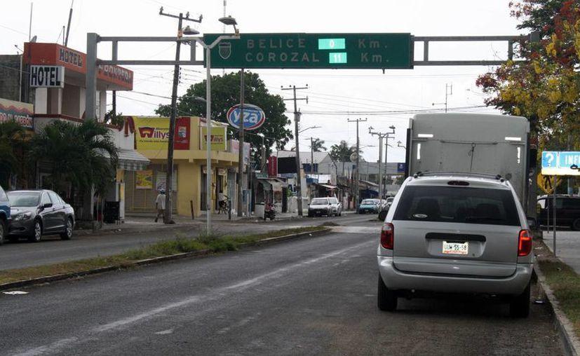 """Pobladores temen que la localidad sea tomada como """"base"""" por los grupos delictivos de la frontera. (Harold Alcocer/SIPSE)"""