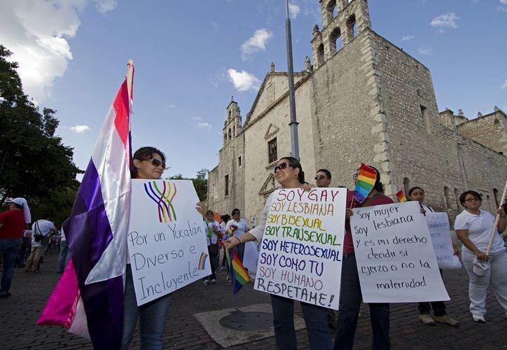 El pasado 15 de junio integrantes de la comunidad gay marcharon por las principales calles de Mérida. (Notimex)