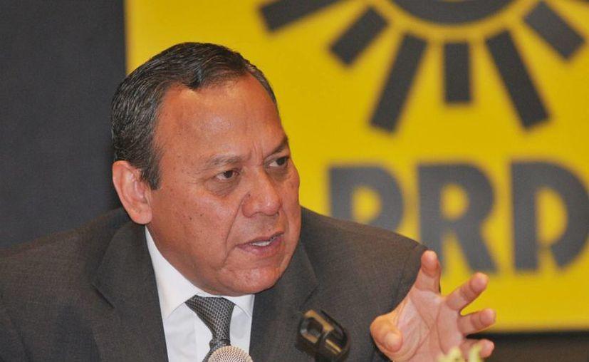 Jesús Zambrano criticó la decisión del Consejo estatal, que aprobó la coalición, y advirtió que la Comisión Política Nacional deberá tomar la determinación al respecto. (Notimex)