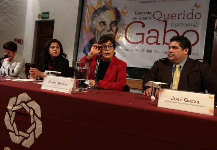 Imelda Martorell (UNAM), Nuria Macías (titular del Grupo Editorial Planeta), Martha Ibarra (Secretaria de Cultura de Jalisco) y José Garza (Universidad de Nuevo León), durante la conferencia de prensa para anunciar que Grupo Planeta homenajeará al escritor Gabriel García Márquez. (Foto: Notimex)