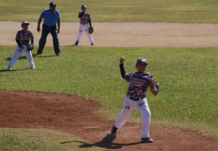 La liga infantil y juvenil vivirá su etapa más emocionante. (Ángel Villegas/SIPSE)