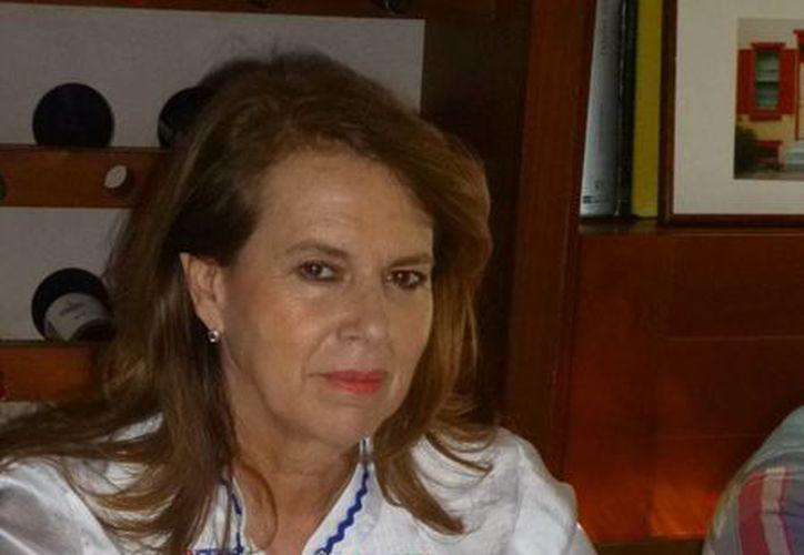 Lydia Lavín ha trabajado con la Cámara del Vestido de Yucatán. (Milenio Novedades)
