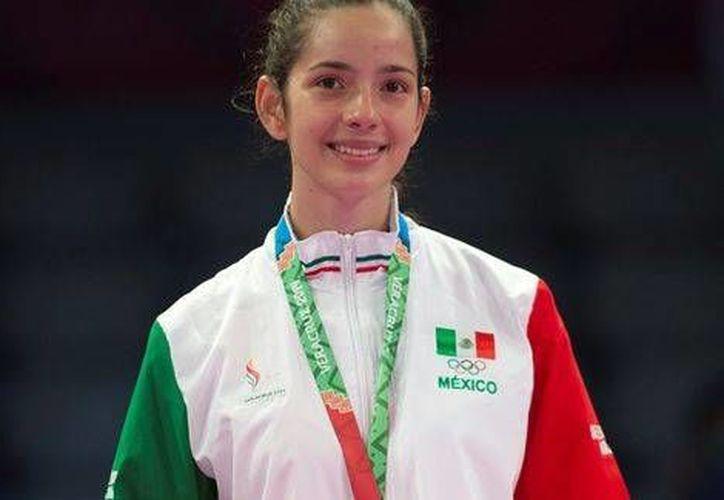 La mexicana Victoria Heredia obtuvo la presea dorada al vencer a la dominicana Daysis Montes. (Milenio)