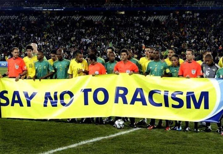 Concacaf dijo que se ha delineado un procedimiento claro y preciso de tolerancia cero para los incidentes racistas o de discriminación que puedan surgir durante los partidos. (EFE/Archivo)