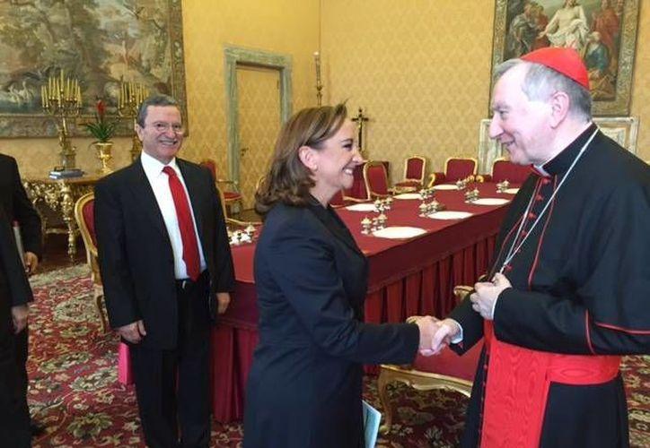 Claudia Ruiz Massieu, secretaria de Relaciones Exteriores, se reunió con el secretario del Estado Vaticano para abordar el programa de la visita papal a México en febrero. (Notimex)