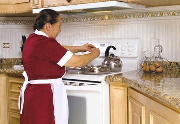 Las mujeres que laboran en el hogar destinan 40 horas a la semana. (Contexto)