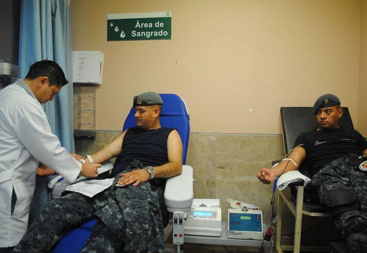 La cita para la donación fue en el hospital de especialidades del IMSS, de la Región 510. (Eric Galindo/SIPSE)