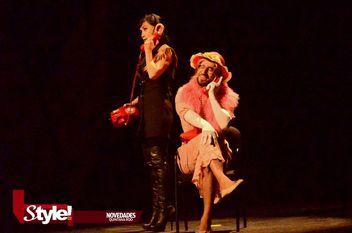 """Puesta en escena """"Tengamos el sexo en paz"""" en el Teatro de Cancún"""