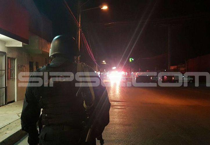 Esta noche se activó el Código Rojo en Cancún, por el reporte de dos personas heridas de bala. (Redacción/SIPSE)