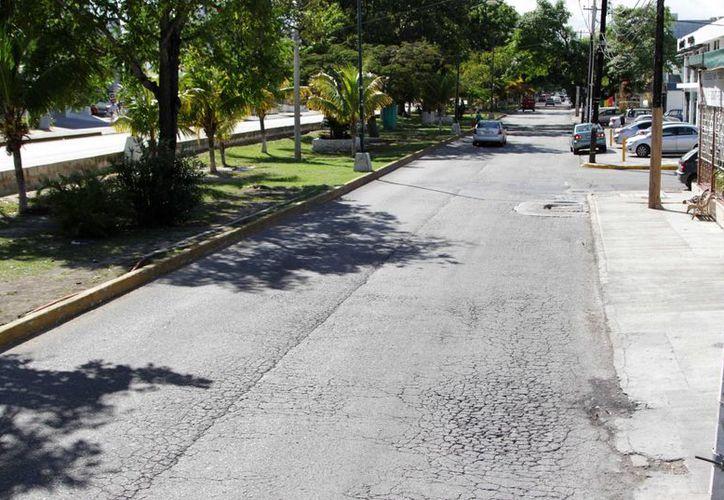 Este martes iniciarán las labores de mantenimiento en la avenida Cobá.  (Redacción/SIPSE)