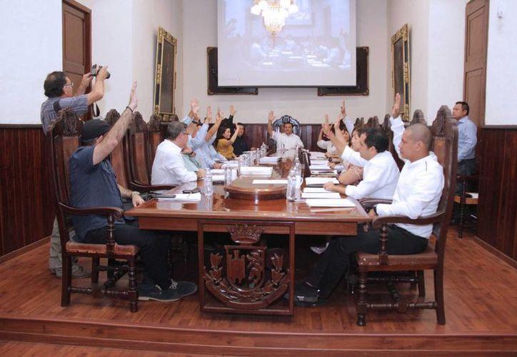 Regidores aprobaron reformas al Bando de Policía y Gobierno del Municipio de Mérida. (SIPSE)