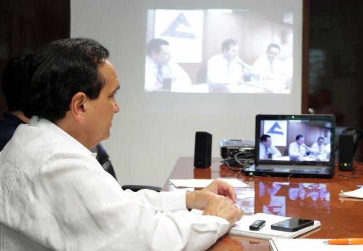 José Manuel López, presidente de Canaco Mérida, anunció los preparativos de la Semana del Emprendedor, vía videoconferencia. (Milenio Novedades)