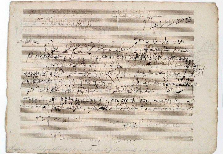 La partitura de una pieza musical del famoso compositor Ludwig van Beethoven fue subastada por 100 mil dólares. (Imágenes de Hearst Connecticut Media)