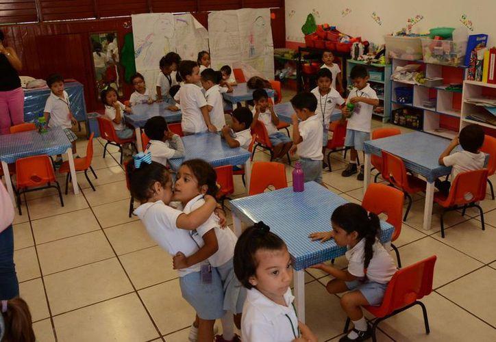 El cambio es un beneficio para alumnos, maestros y padres de familia. (Israel Leal/SIPSE)