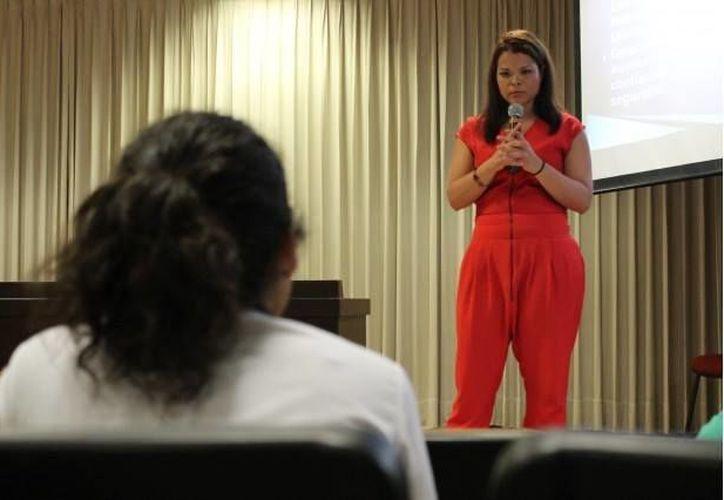 La fundadora del Proyecto, Perla Ernest, compartirá su testimonio (Imagen / Ernest-Transformando la Tartamudez)