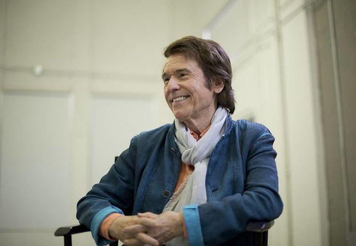 Raphael asegura que ya no ensaya para sus conciertos: 'solo salgo a disfrutar con el público'. (AP)