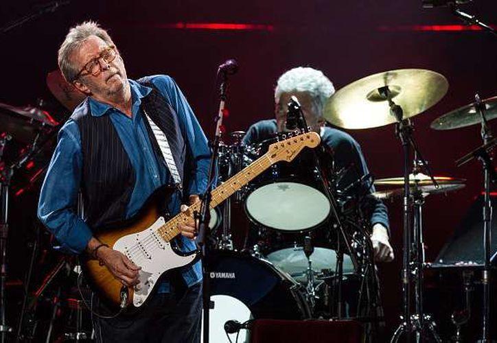 Eric Clapton, famoso guitarrista británico estrenará el documental 'Life in 12 Bars', que se estrenará el próximo 10 de febrero en Showtime. (Contexto/Internet)