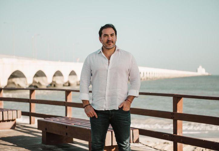 El alcalde Julián Zacarías señaló que mejorar la imagen de Progreso atraerá al turismo. (Gerardo Keb/Novedades Yucatán)