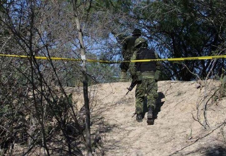 Ante la violencia registrada en la sierra Tarahumara, obligó al gobierno de Chihuahua a solicitar el apoyo de la Secretaría de la Defensa Nacional, cuya respuesta fue enviar a militares. (impacto.mx)